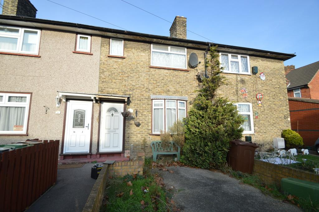 2 Bedrooms Terraced House for sale in Nutbrowne Road, Dagenham