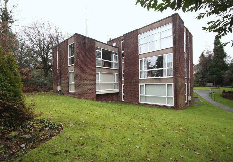 2 Bedrooms Apartment Flat for sale in Guywood Court, Sandy Lane, Romiley