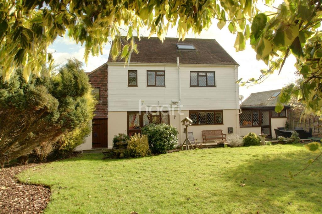 5 Bedrooms Detached House for sale in Little Abbey Gate, Maidstone