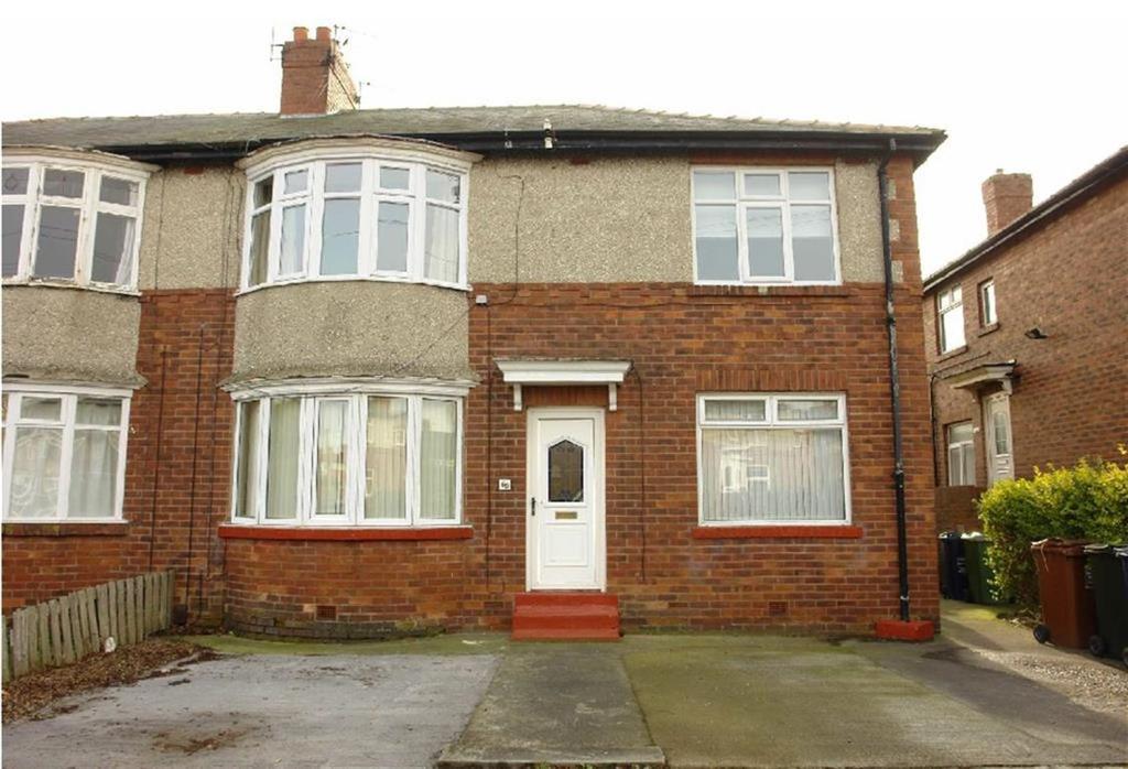 2 Bedrooms Flat for sale in Cornel Road, Newcastle Upon Tyne, NE7