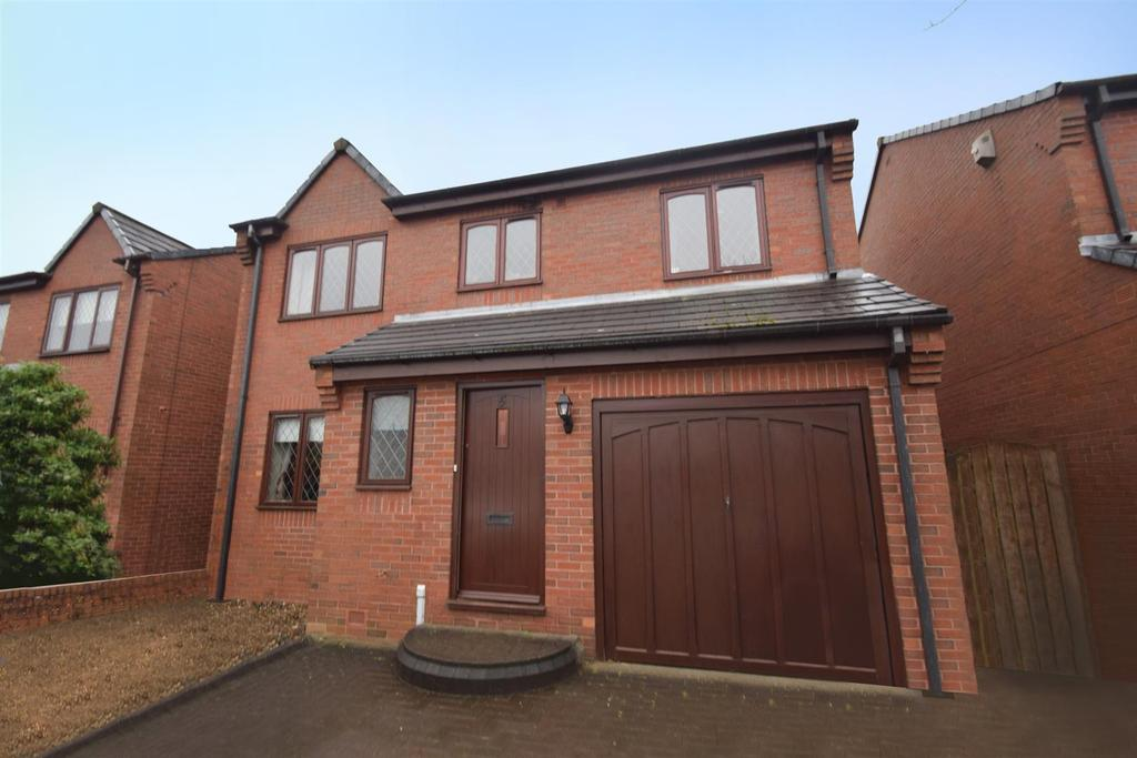 4 Bedrooms Detached House for sale in Turnberry, Whitley Bay