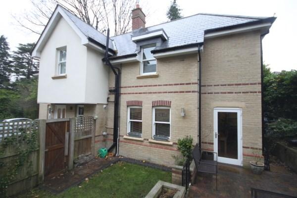 3 Bedrooms Detached House for sale in Bodorgan Road, Meyrick Park, Bournemouth