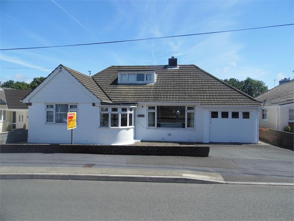 3 Bedrooms Detached Bungalow for sale in Cilhaul, 8 Penbanc, Fishguard, Pembrokeshire