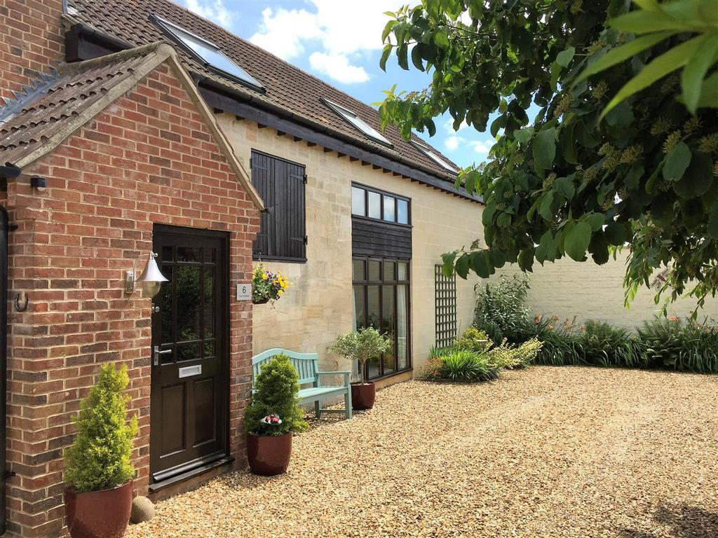 5 Bedrooms Detached House for sale in Cockhill, Trowbridge
