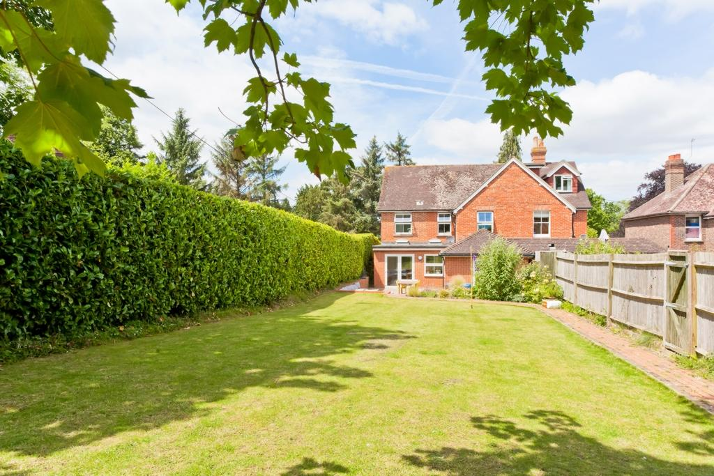 5 Bedrooms House for sale in Mill Lane, Balcombe, RH17