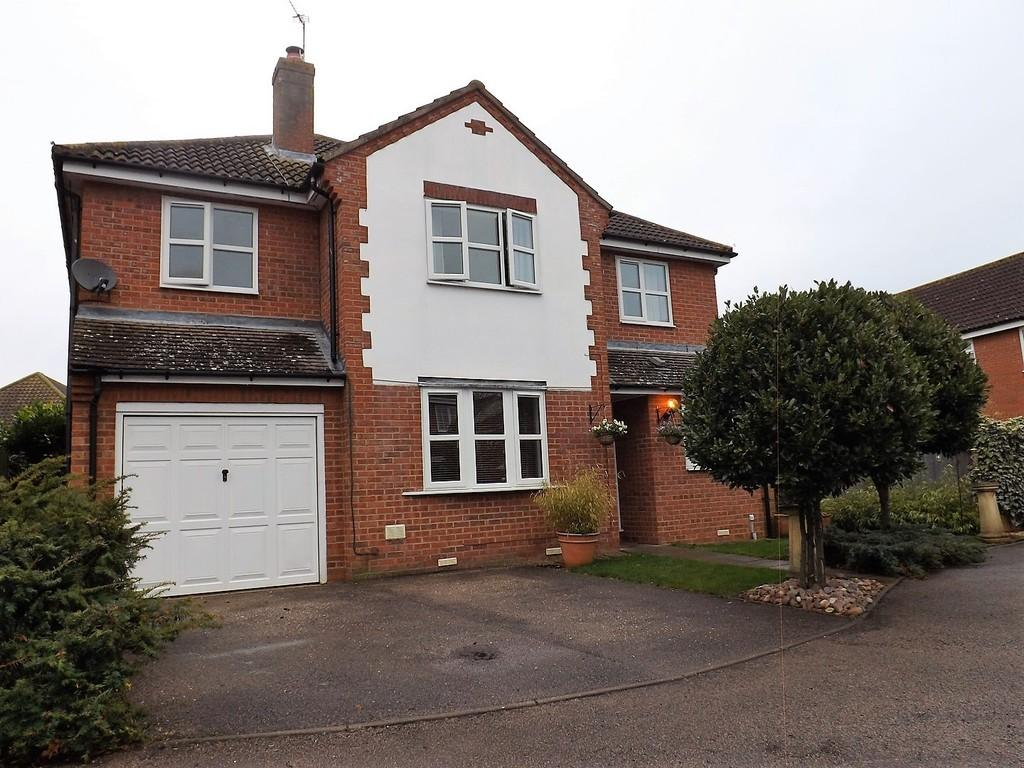 4 Bedrooms Detached House for sale in St Pauls Drive, Chatteris