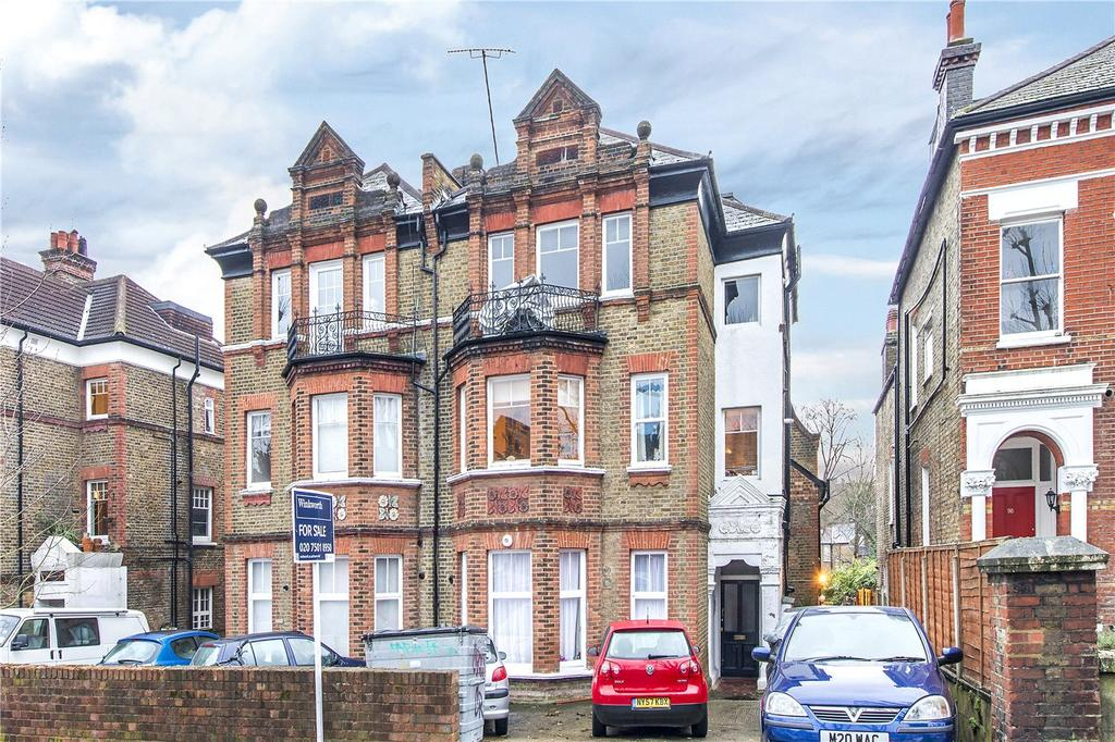 2 Bedrooms Flat for sale in Palace Road, London, SW2