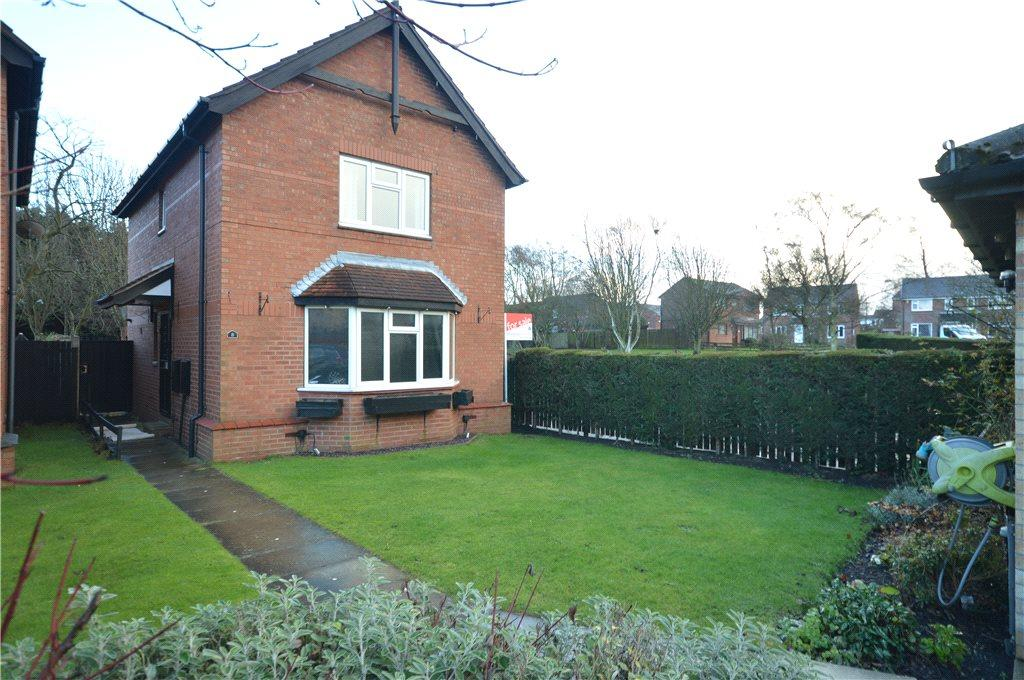 3 Bedrooms Detached House for sale in Carlton Moor Mews, Leeds, West Yorkshire