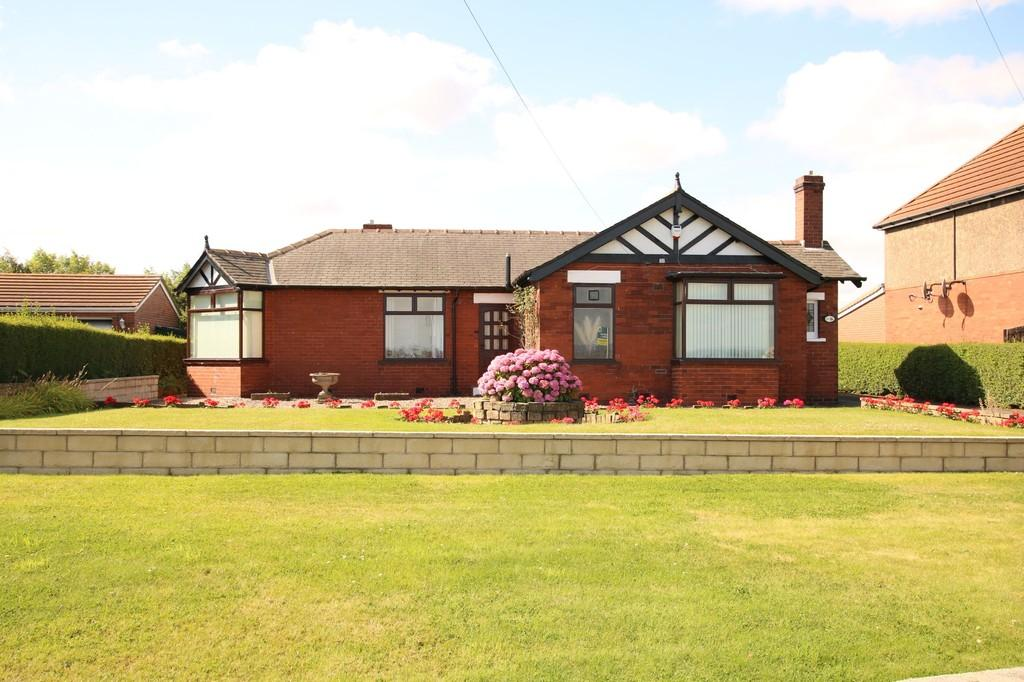 2 Bedrooms Detached Bungalow for sale in Longthorpe Lane, Lofthouse