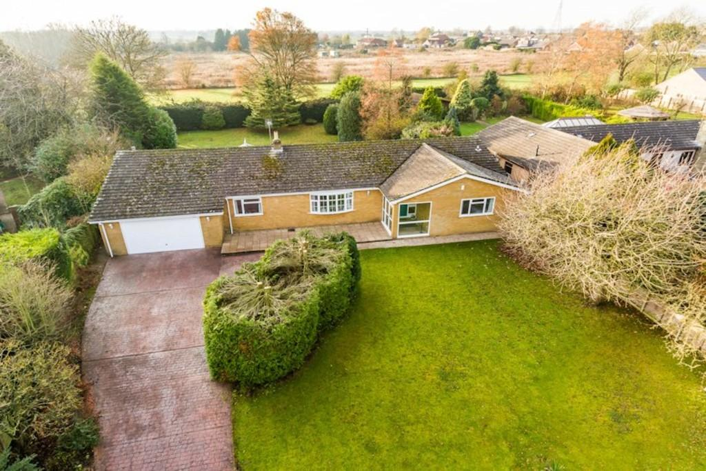 4 Bedrooms Detached Bungalow for sale in Westfield Avenue, North Greetwell