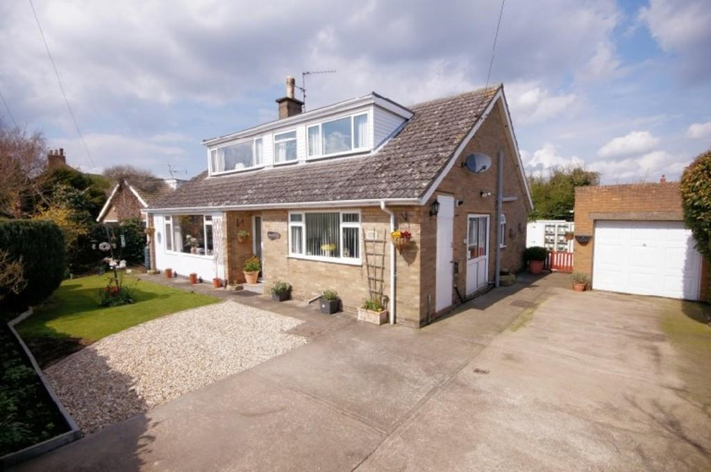 4 Bedrooms Detached House for sale in Tinkers Lane, Waddington