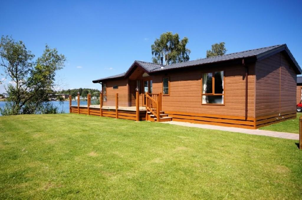2 Bedrooms Park Home Mobile Home for sale in Tattershall Lakes Country Park