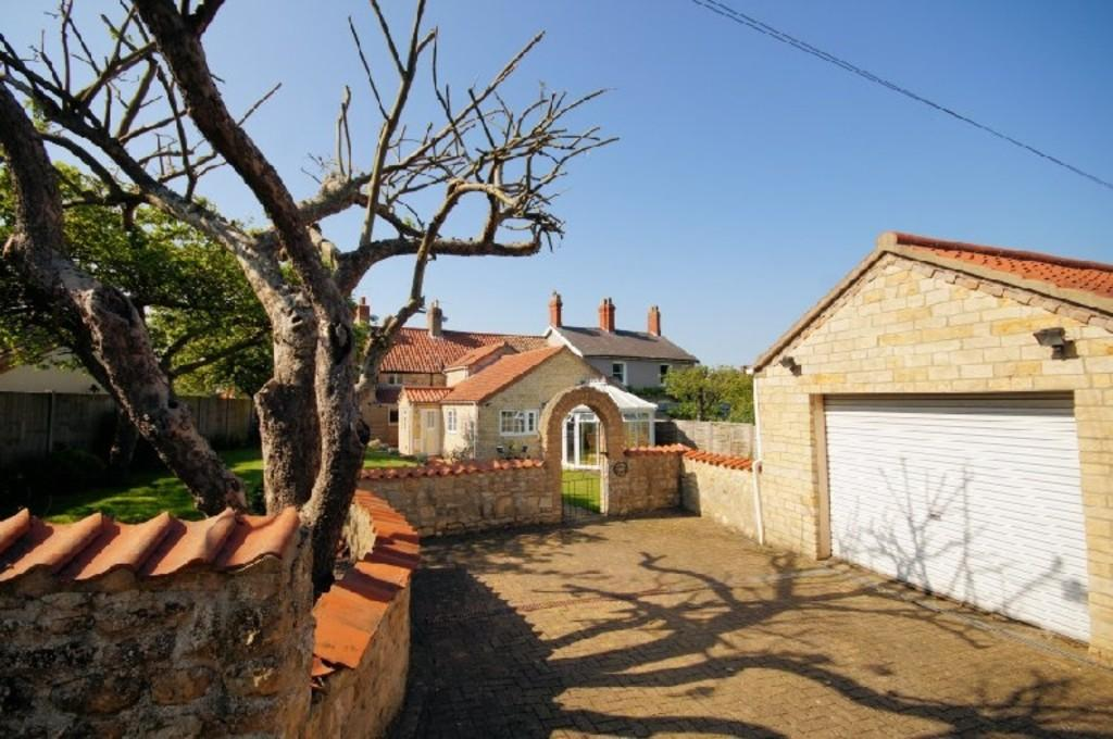 4 Bedrooms Cottage House for sale in School Lane , Canwick