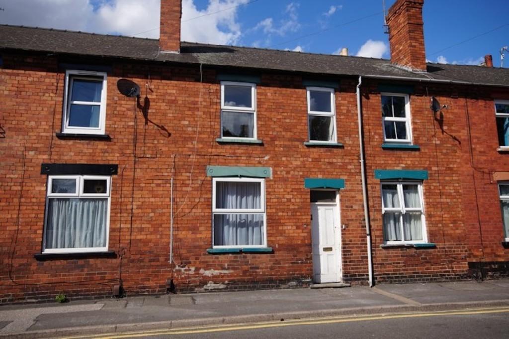 3 Bedrooms Terraced House for sale in Winn Street, Lincoln