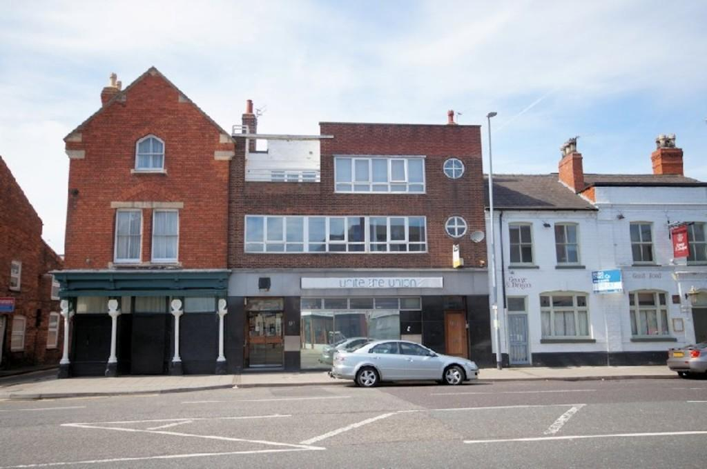 Flat for sale in High Street, Lincoln