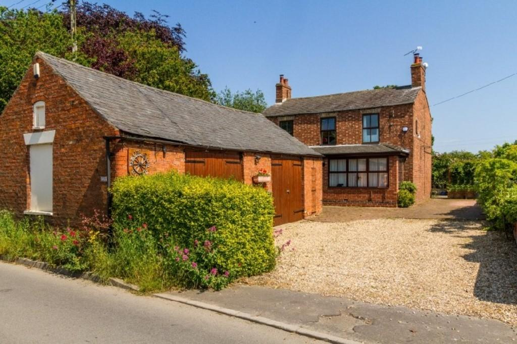 5 Bedrooms Farm House Character Property for sale in High Street, Eagle