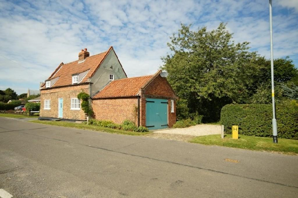 3 Bedrooms Cottage House for sale in Ingham Road, Stow