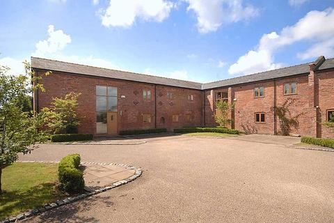 5 bedroom barn conversion for sale - Plumley Moor Road, Plumley