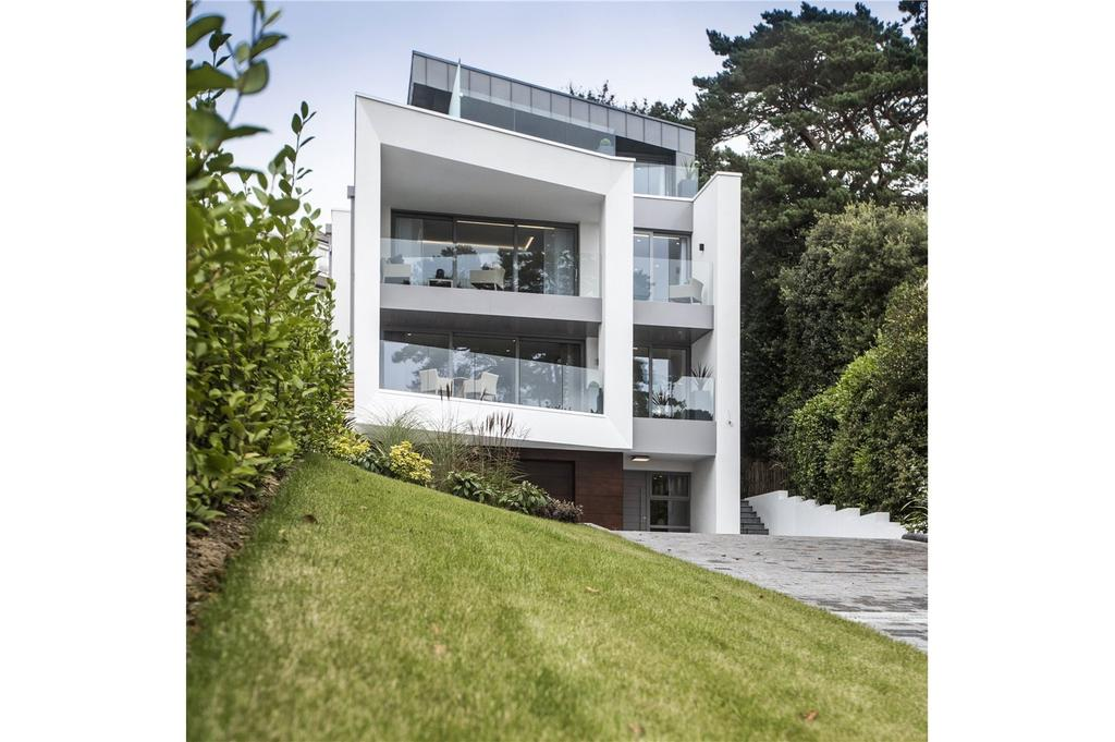 4 Bedrooms Detached House for sale in Brudenell Avenue, Canford Cliffs, Poole, Dorset, BH13