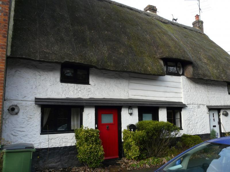 3 Bedrooms Cottage House for sale in Lottage Road, Aldbourne, SN8