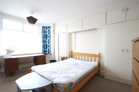 5 bedroom end of terrace house to rent - Wessex Avenue, Horfield, Bristol, BS7