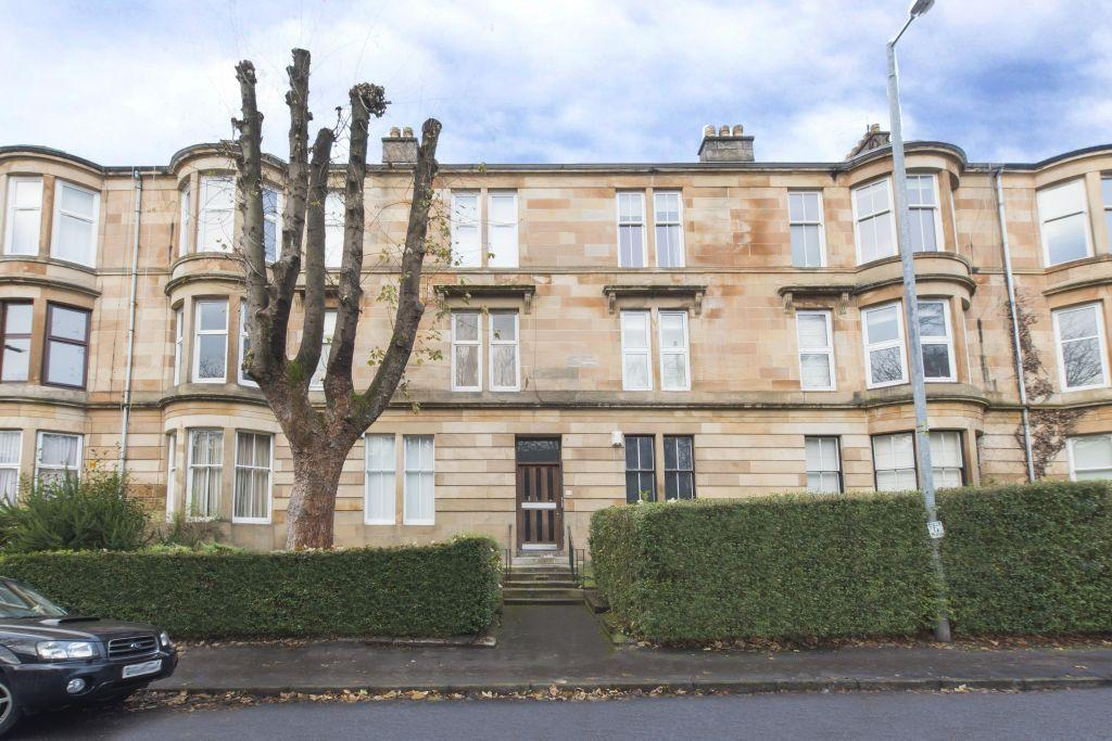 4 Bedrooms Flat for sale in 2/2, 40 Tantallon Road, Shawlands, Glasgow, G41 3BX