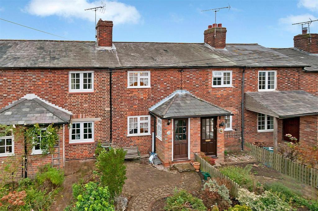 2 Bedrooms Terraced House for sale in Bullen Lane, East Peckham