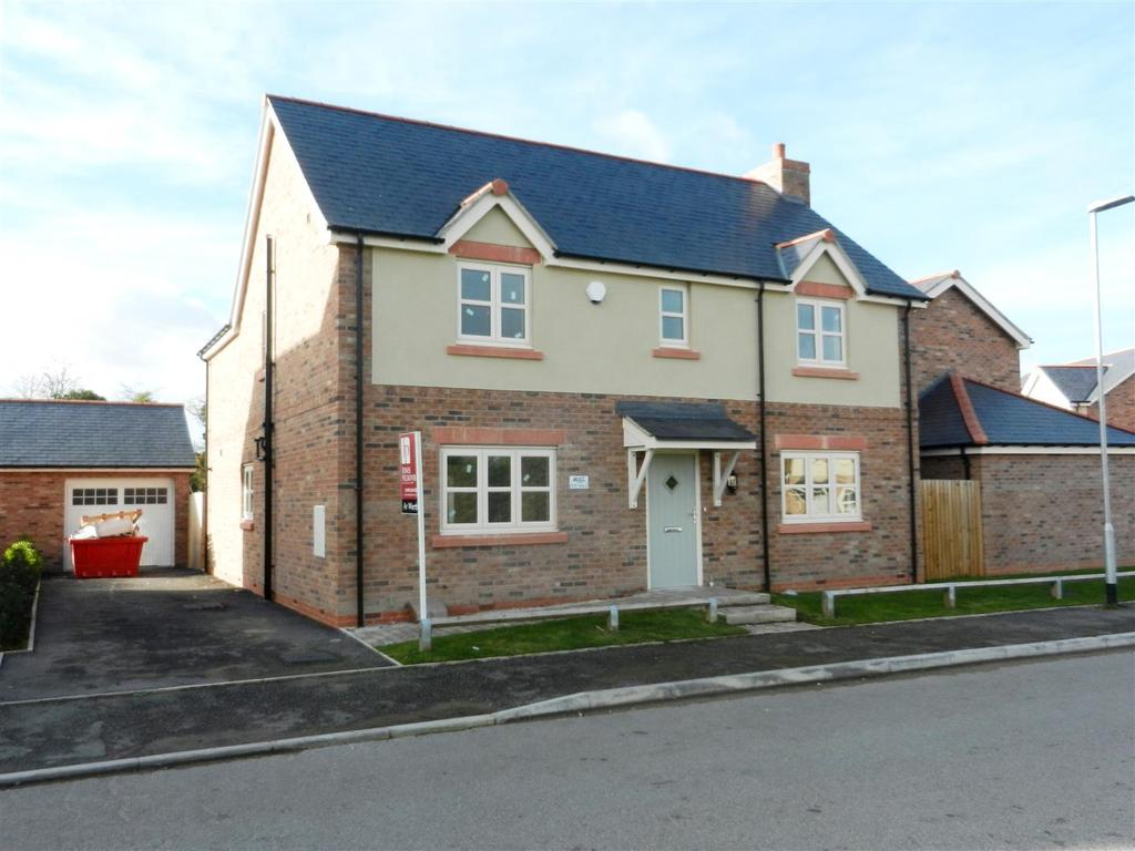 4 Bedrooms Detached House for sale in Burton Road, Rossett