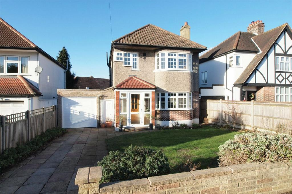 3 Bedrooms Detached House for sale in The Avenue, West Wickham, Kent