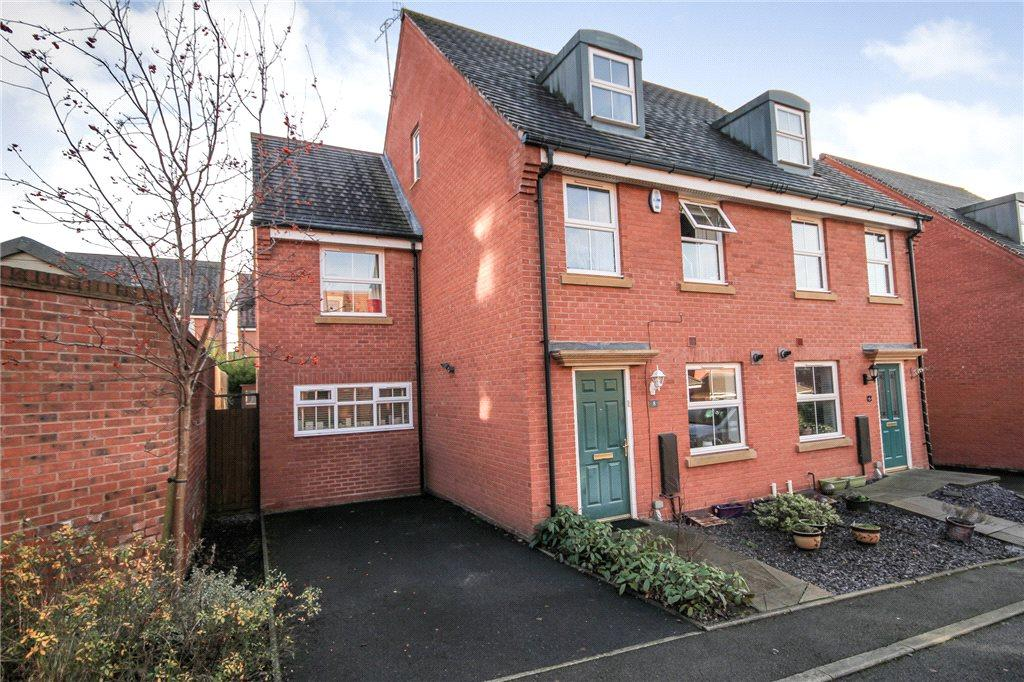 4 Bedrooms Semi Detached House for sale in Smalman Close, Wordsley, Stourbridge, DY8