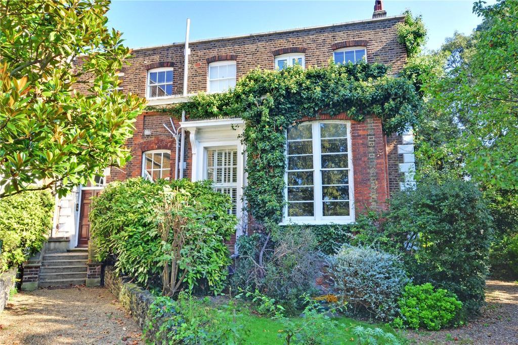 3 Bedrooms Flat for sale in Macartney House, Chesterfield Walk, Greenwich, London, SE10