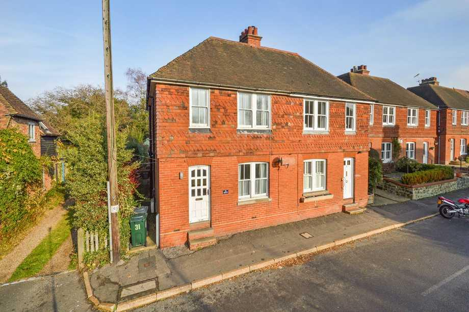 2 Bedrooms Semi Detached House for sale in Wye, TN25