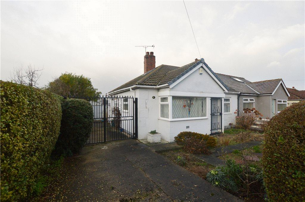 2 Bedrooms Semi Detached Bungalow for sale in Portage Crescent, Leeds, West Yorkshire