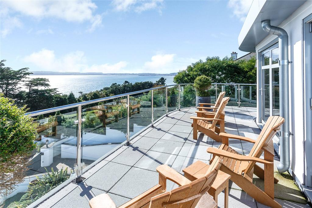 4 Bedrooms Detached House for sale in Ilsham Marine Drive, Torquay