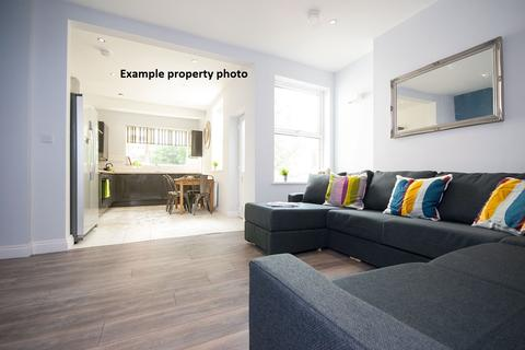 6 bedroom house share to rent - Grove Road, ,