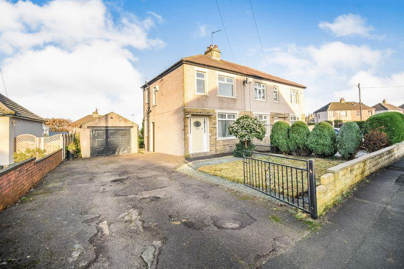 3 Bedrooms Semi Detached House for sale in Norman Crescent, Bradford