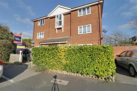 2 bedroom flat to rent - Fennec Close, Cambridge