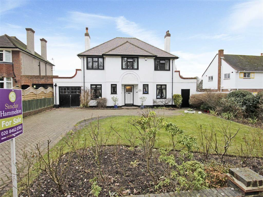 4 Bedrooms Detached House for sale in Hollydale Drive, Bromley, Kent