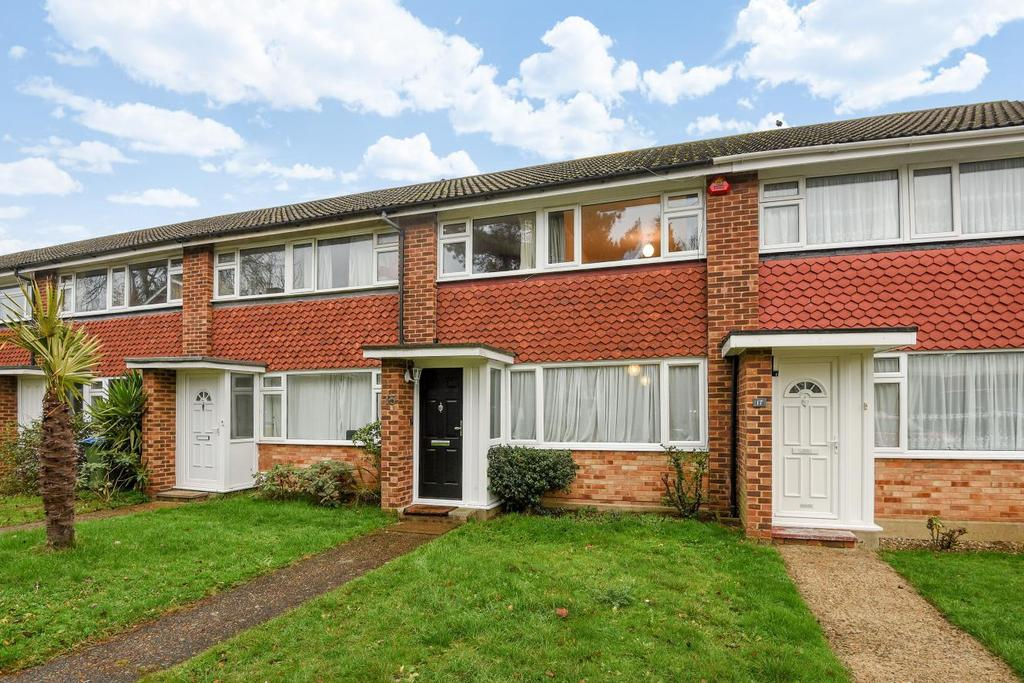 3 Bedrooms Terraced House for sale in Dundas Gardens, West Molesey, KT8