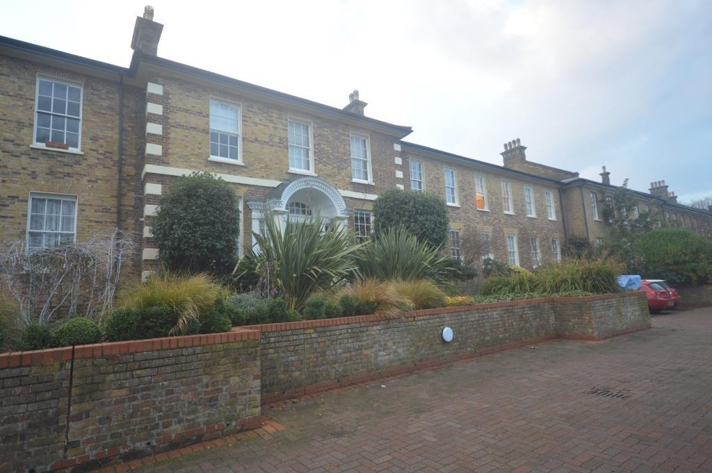 2 Bedrooms Terraced House for sale in Elderwood Place London SE27