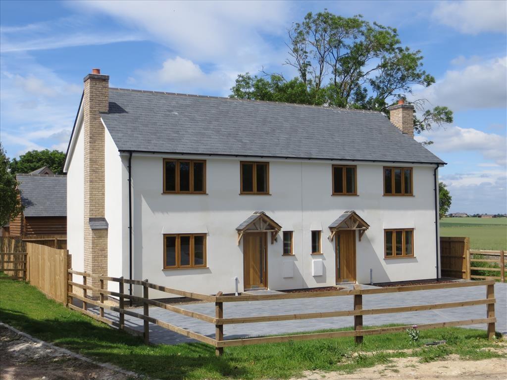 3 Bedrooms Semi Detached House for sale in Station Road, STEEPLE MORDEN, SG8