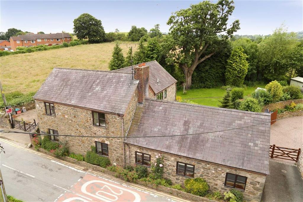 4 Bedrooms Detached House for sale in Llansilin, Oswestry, SY10