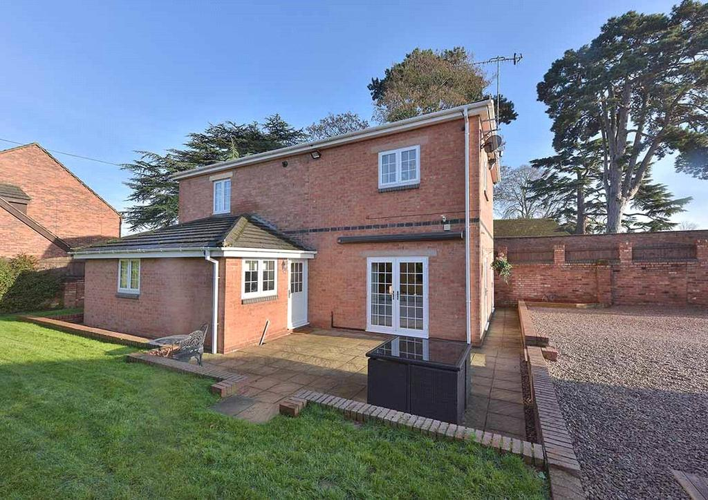 4 Bedrooms Detached House for sale in Moorhall Lane, Stourport-on-Severn, Worcestershire, DY13