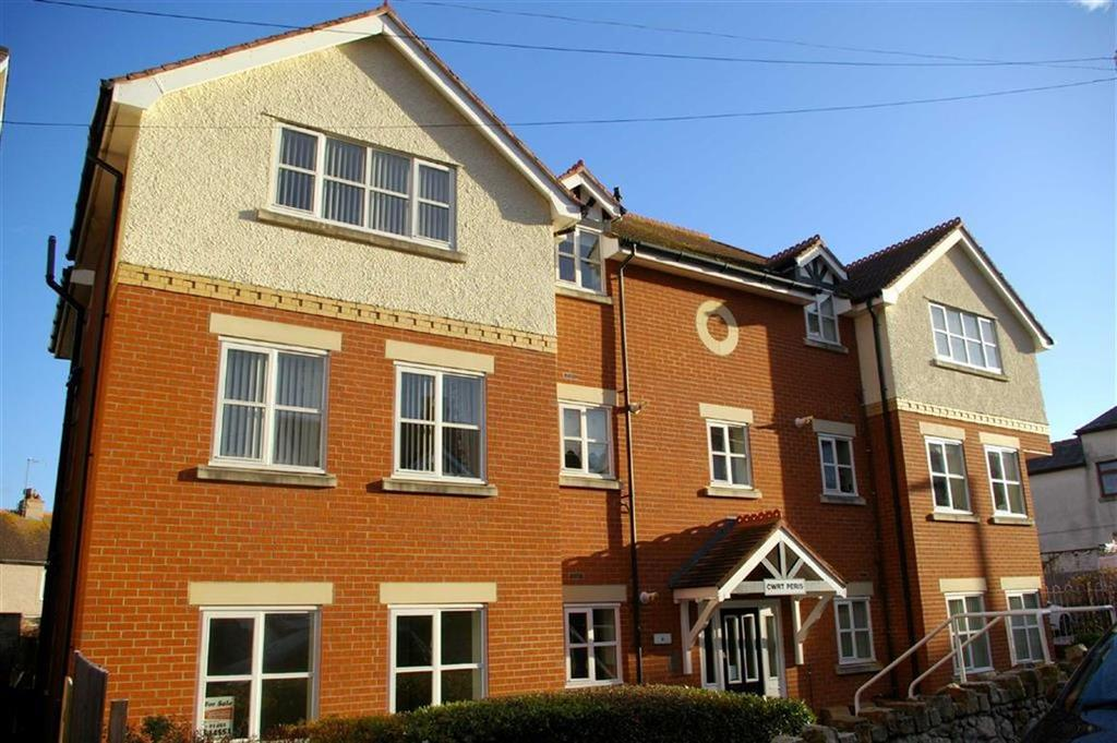 2 Bedrooms Apartment Flat for sale in Colwyn Crescent, Rhos On Sea, Colwyn Bay