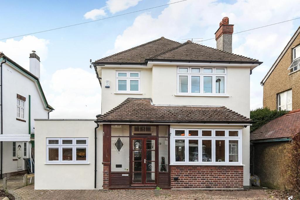 4 Bedrooms Detached House for sale in Grosvenor Road, West Wickham, BR4