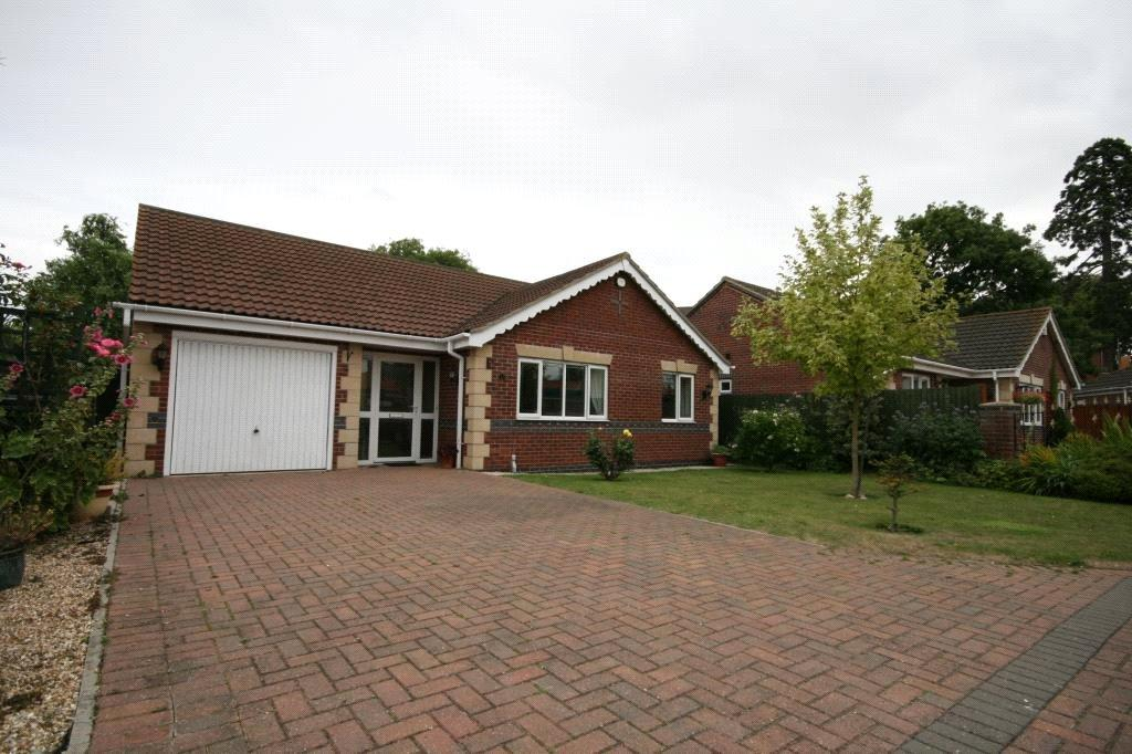 3 Bedrooms Detached Bungalow for sale in Anwick Drive, Anwick, NG34