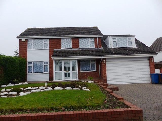 4 Bedrooms Detached House for sale in Elder Lane,Burntwood,Staffordshire