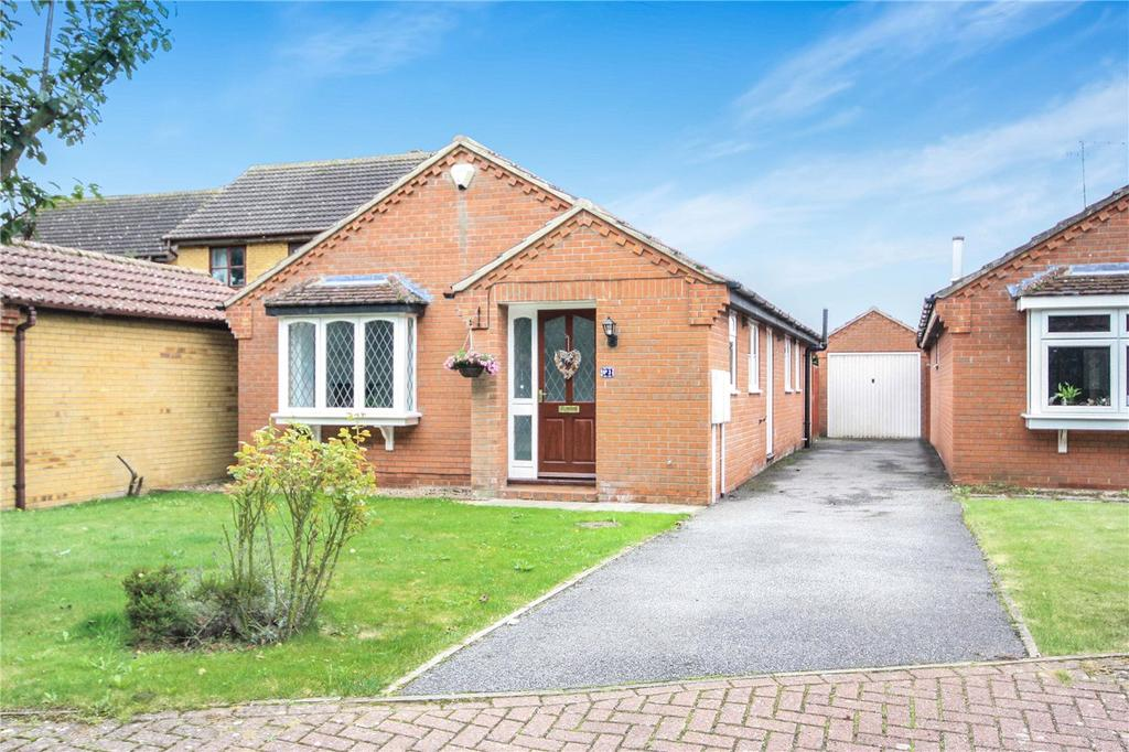 3 Bedrooms Detached Bungalow for sale in Beck Close, Ruskington, Sleaford, Lincolnshire, NG34