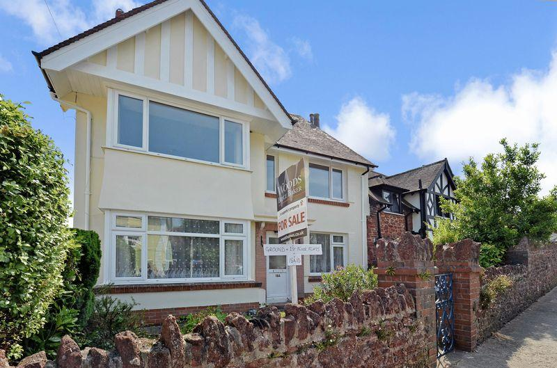 2 Bedrooms Flat for sale in Woodland Park, Paignton