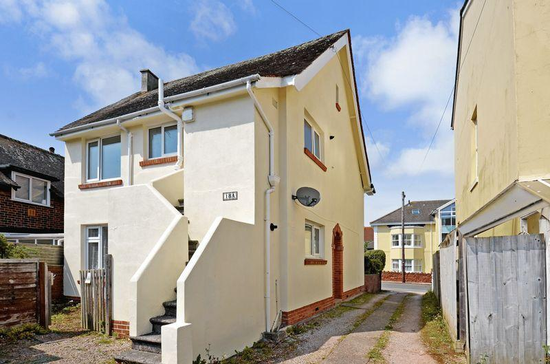 2 Bedrooms Apartment Flat for sale in Woodland Park, Paignton